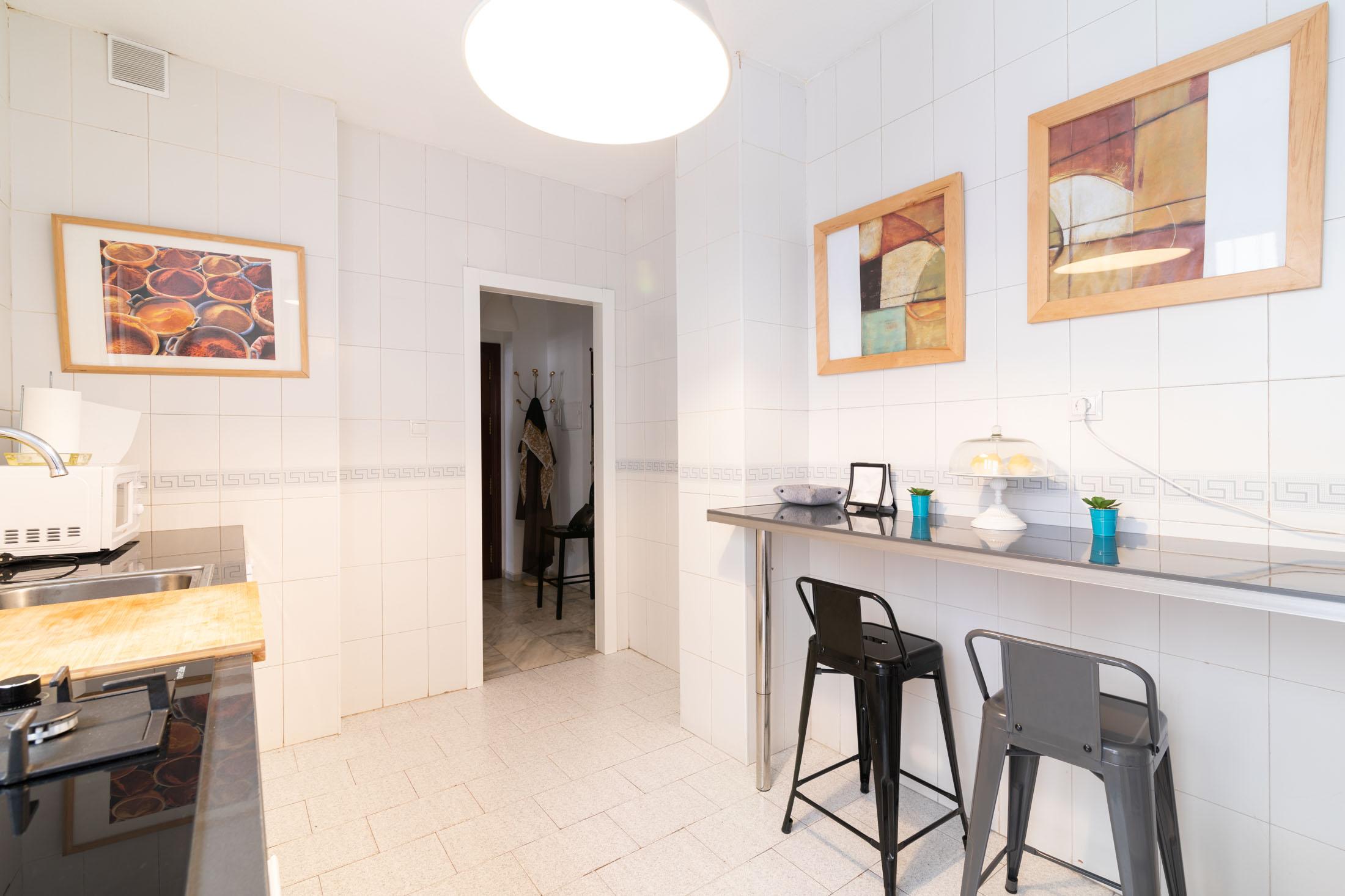 apartamento-plaza-merced-cocina