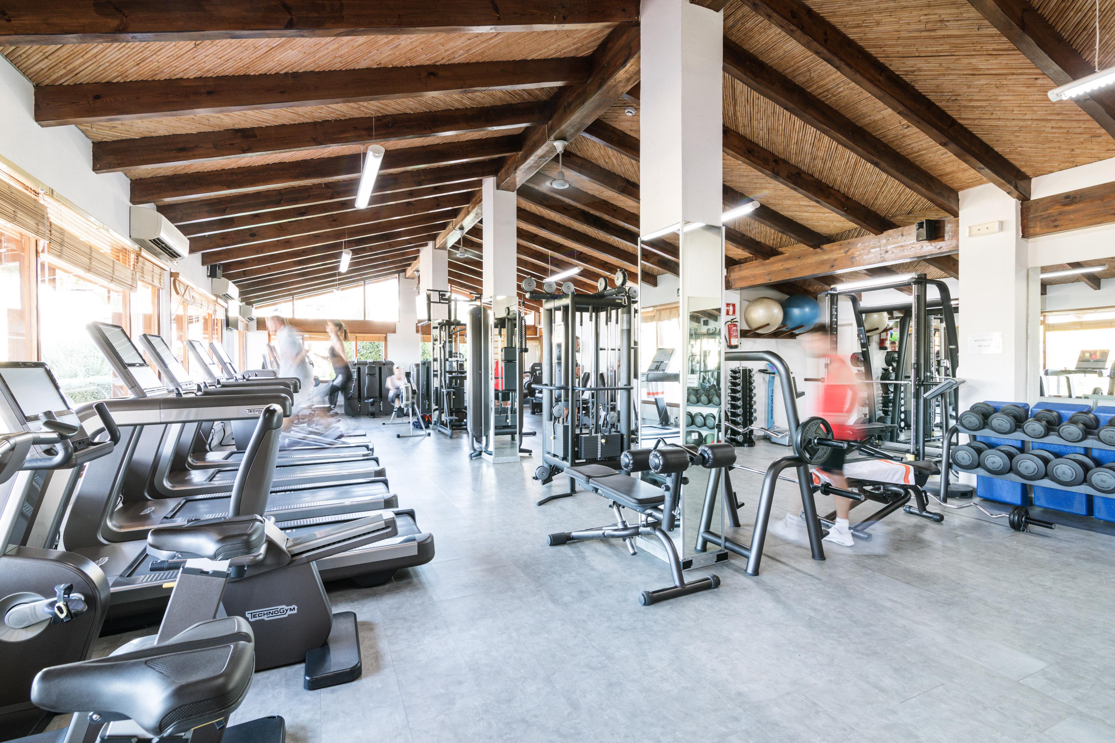 club-de-tenis-puente-romano-gym-2